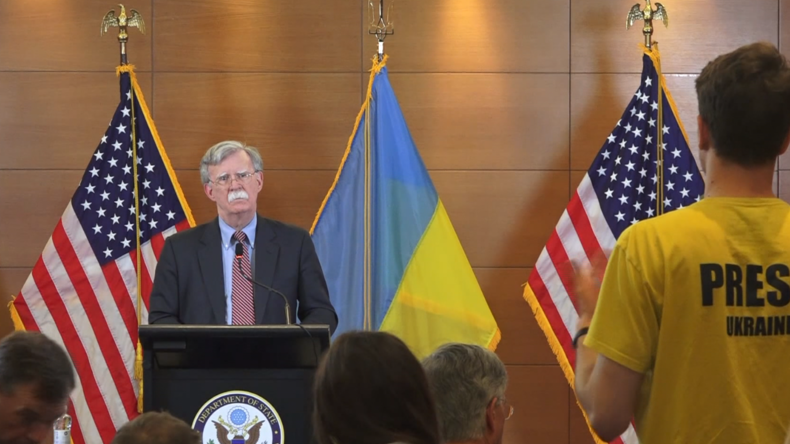 Trumps Sicherheitsberater in Kiew: Russisches Gas gefährlich für Souveränität – US-Flüssiggas nicht