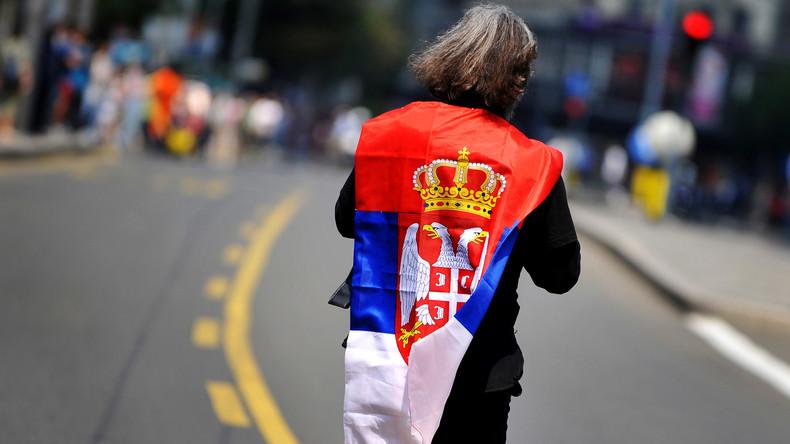 Schranke auf dem Weg in die EU: Brüssel warnt Belgrad vor Beitritt zur Eurasischen Wirtschaftsunion