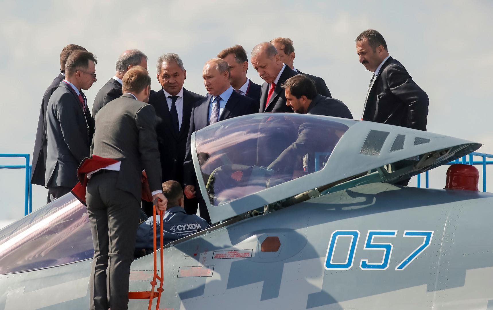 Moskau: Luft- und Raumfahrtmesse MAKS 2019 offiziell eröffnet