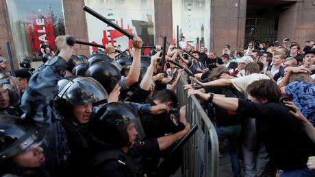 Herrscht in Moskau ein Bürgerkrieg? Eine Straßenumfrage im
