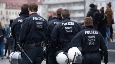Polizisten in Bielefeld im März 2019