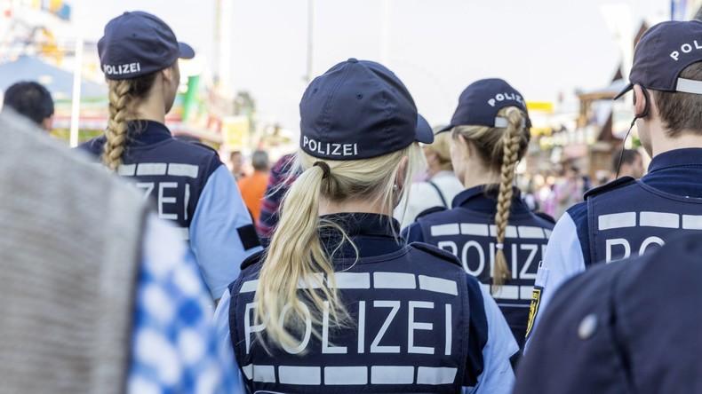 Berliner Polizei nimmt Internetaktivitäten ihrer Beamten unter die Lupe