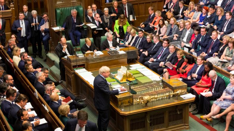 Kleinkrieg im britischen Parlament – No-Deal-Szenario nach Niederlage für Johnson weiter möglich