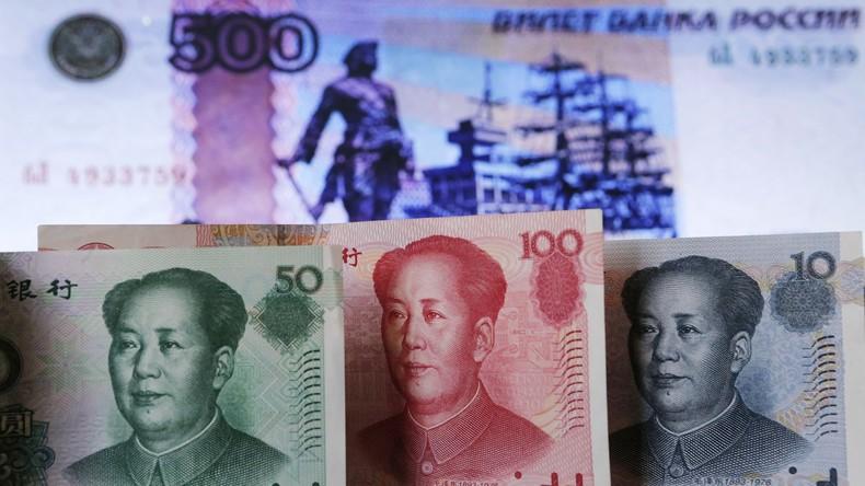 Washington missbraucht Dollar als Waffe – Russland verkauft Staatsanleihen in chinesischer Währung