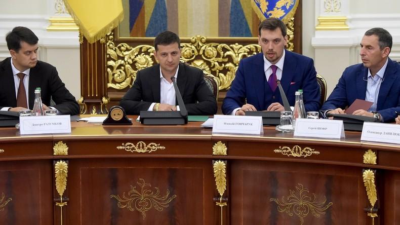 Ukraine: Wladimir Selenskij unterzeichnet Aufhebung der Abgeordneten-Immunität