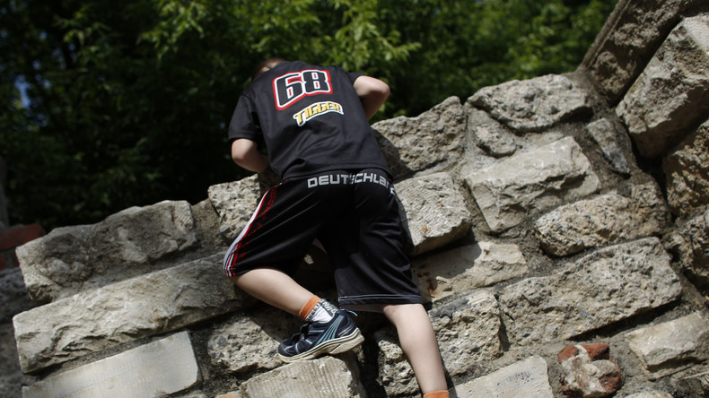 Lieber zu viel als zu wenig: Jugendämter nehmen häufiger Kinder aus ihren Familien