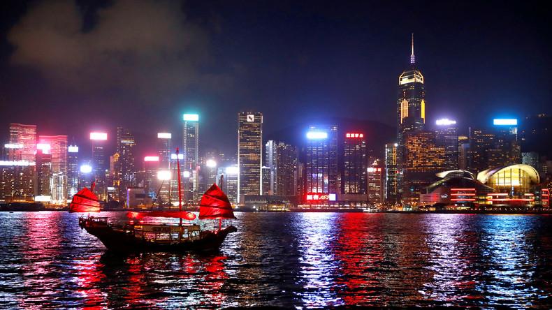 Gewaltsame Proteste schaden der Wirtschaft: Hongkong laufen Veranstalter und Besucher davon