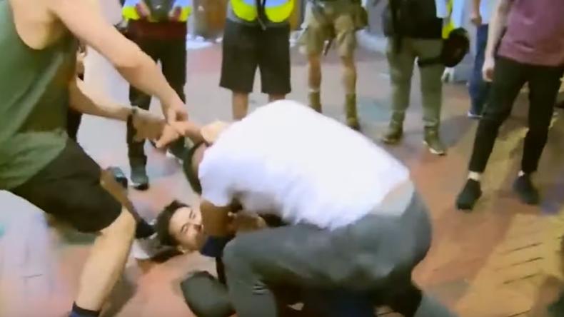 Hongkong: Heftige Zusammenstöße zwischen Regierungsgegnern und -unterstützern