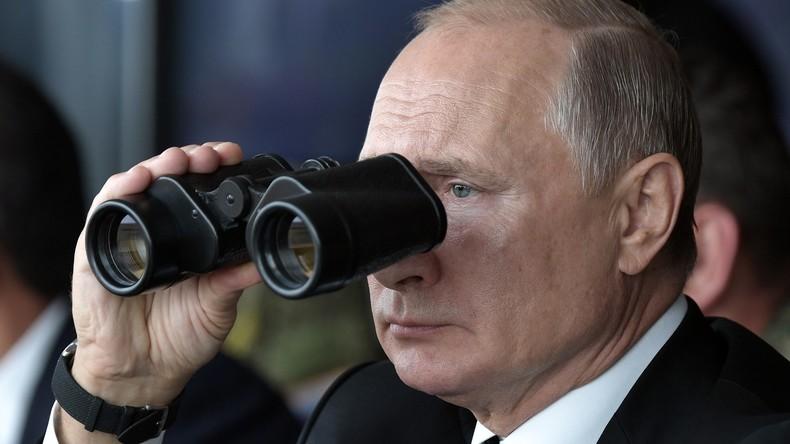 """Wladimir Putin besucht Militärübung """"Zentr-2019"""" - Gemeinsames Manöver von Russland, China & Indien"""
