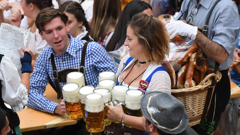Pünktlich zum Oktoberfest: Gericht in Frankfurt stuft Kater offiziell als Krankheit ein