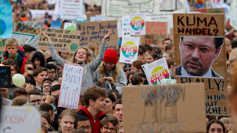 Der Dorftrottel von Schilda: Deutschland rettet der Welt das Klima