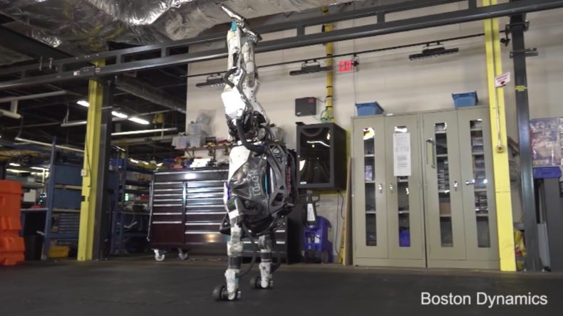 Humanoid mit neuen Fähigkeiten – Boston Dynamics präsentiert Atlas-Roboter beim Sport