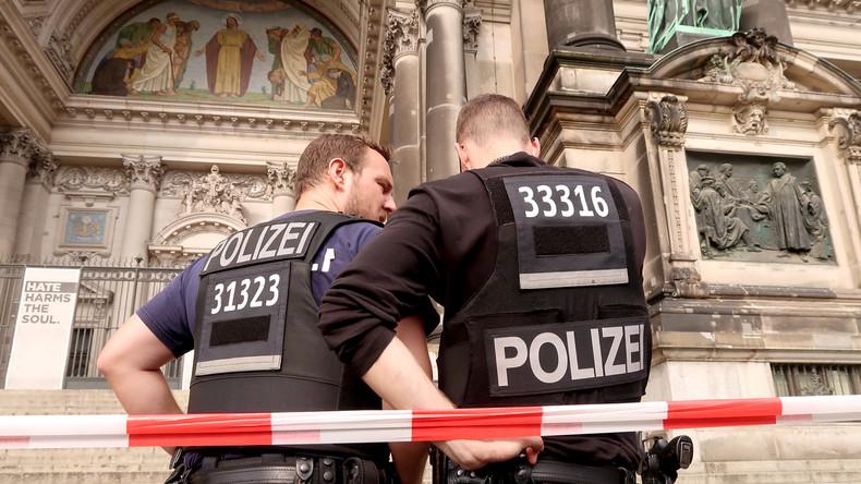 """Zur Stärkung der """"Bürgernähe"""": Bundesgericht bestätigt Kennzeichnungspflicht für Polizisten"""