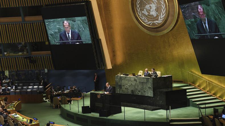 Lawrow fordert Nuklearkriegs-Prävention und wirft USA vor, die globale Stabilität zu beschädigen