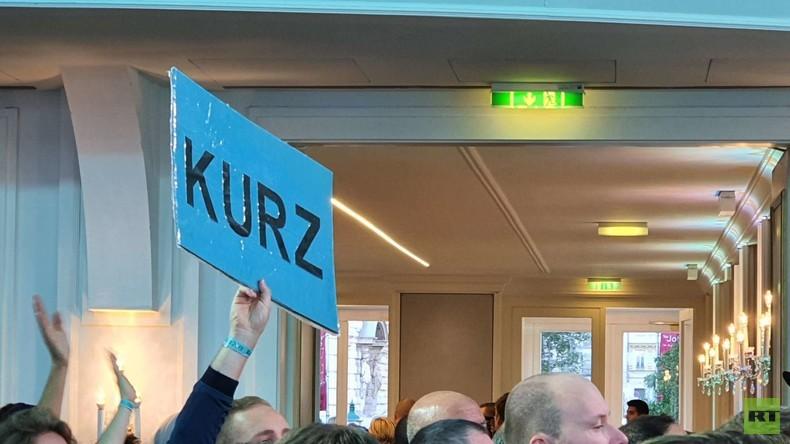 LIVE: Auftritt von Sebastian Kurz