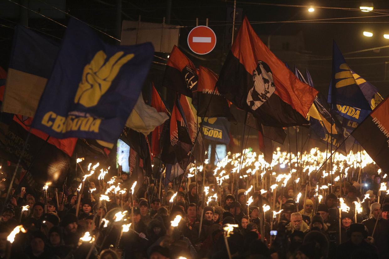 Ukrainische Neonazis: Einflussreich und doch von Medien kaum beachtet