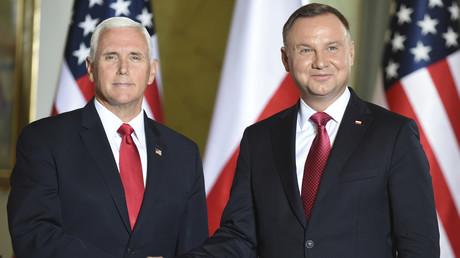 Der polnische Präsident hat allen Grund zum Strahlen: Beim Besuch des US-Vizepräsidenten wurde Polen überschwänglich gelobt und als