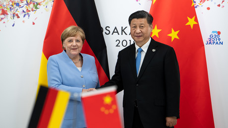 Angela Merkel und Chinas Staatschef Xi Jinping während des G7-Gipfels im Japanischen Osaka (28. Juni 2019).