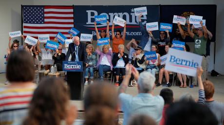 Erhält viel Zuspruch von der Basis, aber hat die Parteiführung und die Mainstreammedien gegen sich: Bernie Sanders