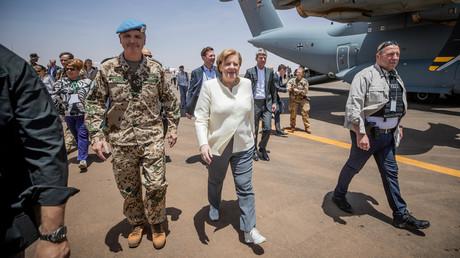 Bundeskanzlerin Angela Merkel bei ihrem Besuch der Bundeswehr in Mali (2. Mai 2019).