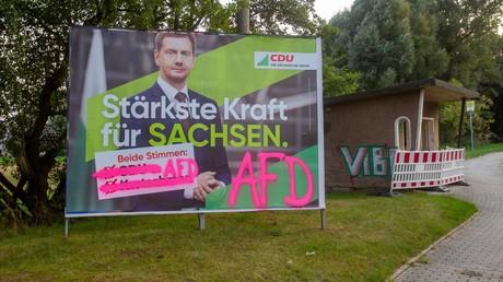 Eine Mehrheit der Ostdeutschen spricht sich gegen eine Koalition von AfD und CDU in Sachsen aus. Besonders hoch ist die Ablehnung unter CDU-Anhängern.