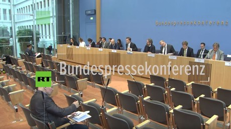 Bundespressekonferenz: Bricht Bundeswehr in Syrien das Bundestagsmandat?