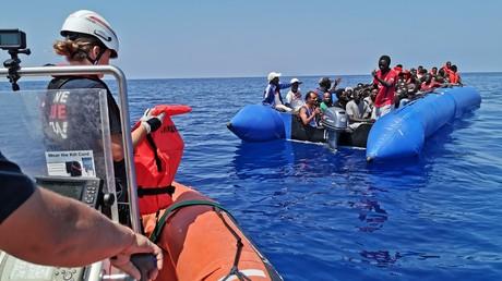 Mehr als 250 Migranten wurden, wie hier in der Nähe von Libyen, Ende August 2019 im Mittelmeer gerettet.