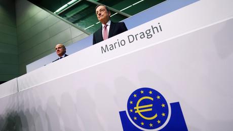 Er wird in Deutschland wegen seiner Geldpolitik gerne der