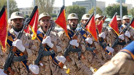 Iranische Truppen während einer Parade in Teheran, September 2015.