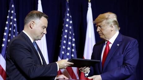 Der polnische Präsident Andrzej Duda und sein US-Amtskollege Donald Trump nach Unterzeichnung einer gemeinsamen Verteidigungserklärung, New York, USA, 23. September 2019.