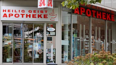 In der Heilig-Geist-Apotheke in der Graseggerstraße 105 in Köln-Longerich hatte sich die schwangere Frau das vergiftete Arzneimittel besorgt.