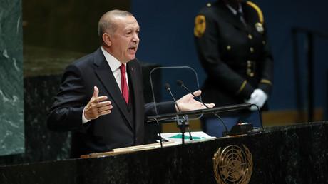 Der türkische Präsident Recep Tayyip Erdoğan während seiner Rede am 24. September 2019 vor der Generaldebatte der 74. UN-Vollversammlung am Hauptsitz der Vereinten Nationen in New York.