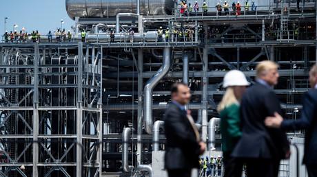 Arbeiter der Flüssiggasanlage Cameron in Hackberry, Louisiana, während des Besuchs von US-Präsident Donald Trump am 14. Mai 2019.