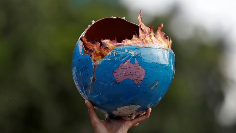 """Interview – Die Geburt einer neuen Religion und die Psychologie der """"Klimaleugner"""""""