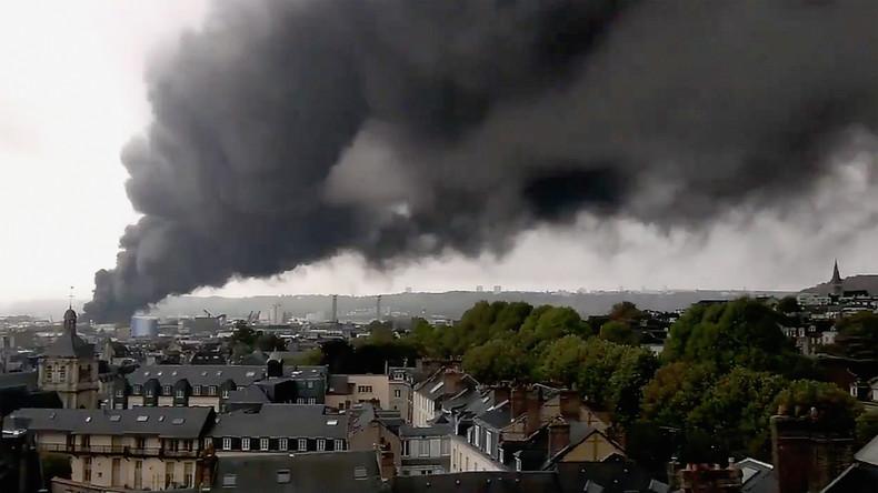 Sorge nach Feuer in Chemiefabrik in Rouen: Bürger zweifeln am Transparenzversprechen der Regierung