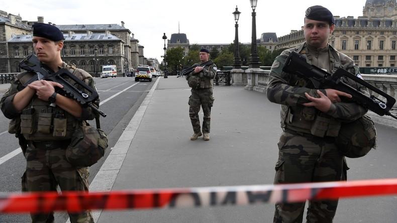 Wollte Frankreichs Innenminister einen Terroranschlag vertuschen?