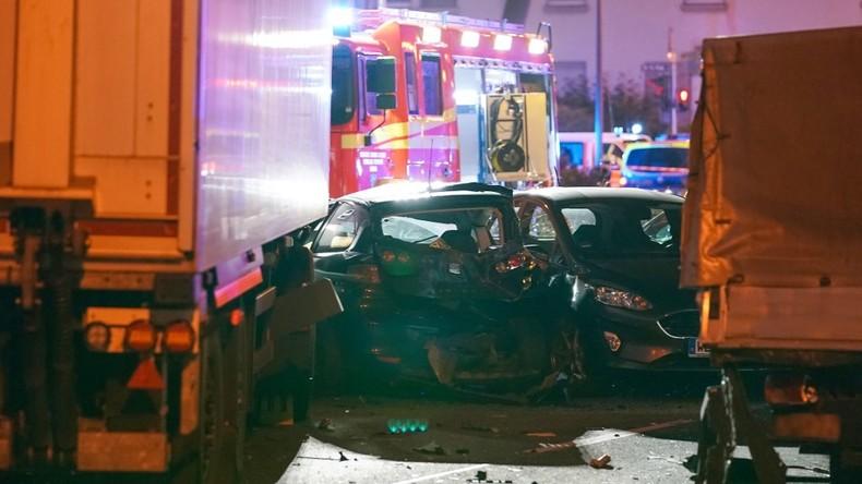 Gestohlener LKW rammt Autos in Limburg - Behörden gehen von Terror-Attacke aus