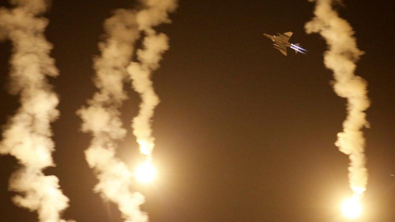 Türkische Kampfflugzeuge fliegen Luftangriffe auf Grenzübergang Semalka