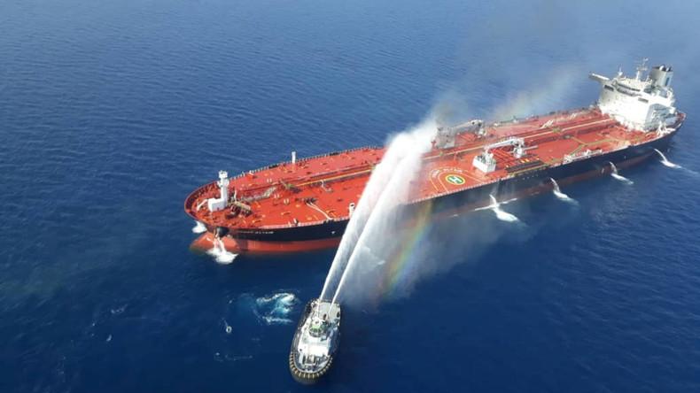 Explosion auf iranischem Tanker verursacht Ölpest in der Nähe saudischer Hafenstadt