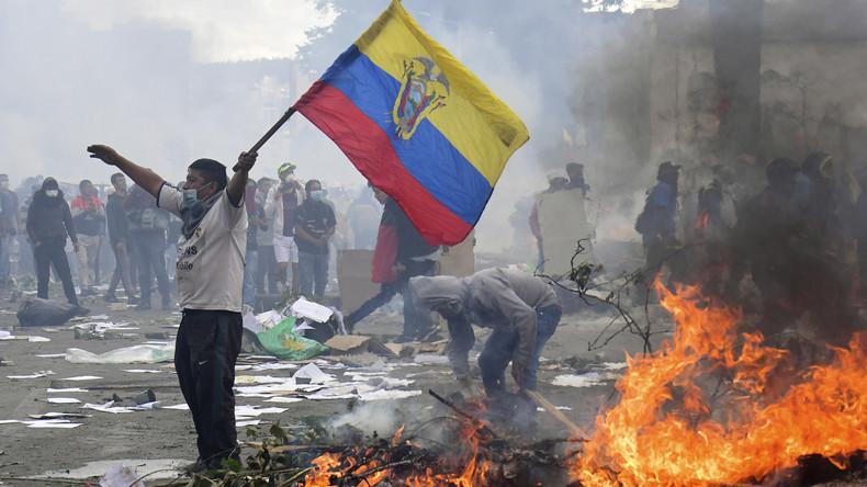Ecuador: Proteste verwandeln Straßen der Hauptstadt Quito in einen Kampfplatz