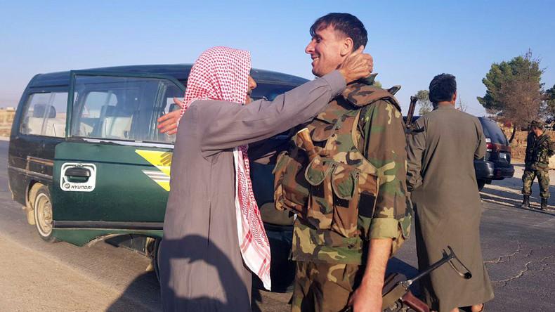 Kommt es zum Konflikt mit der Türkei? Syrische Armee rückt in Kurdengebiete ein (Video)