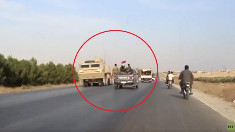 Fliegender Wechsel: Abziehende US-Soldaten begegnen einrückender syrischer Armee