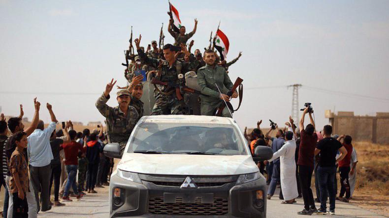Nordsyrien: US-Truppen und syrische Armee kreuzen ihre Wege zwischen Kobanê und Manbidsch