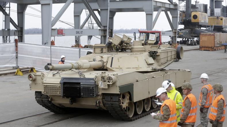 """US-Operation """"Atlantic Resolve"""": Militärfahrzeuge in niederländischem Hafen ausgeladen"""
