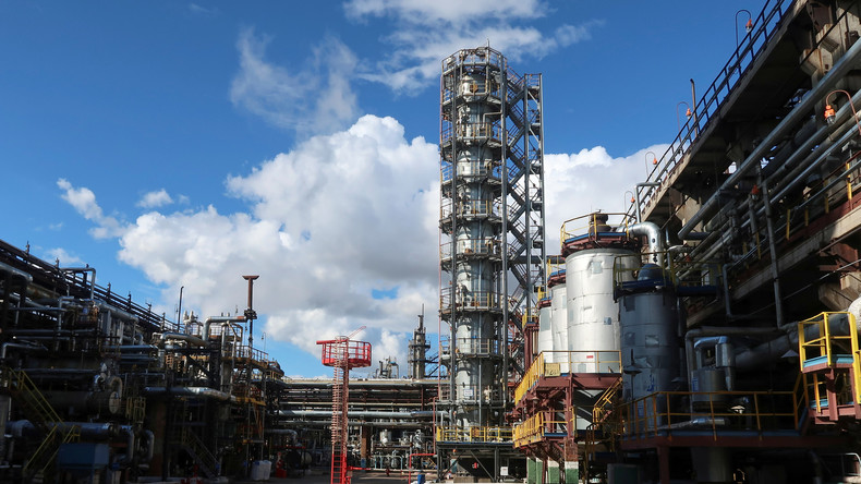 Russland und China bauen größte petrochemische Anlage der Welt