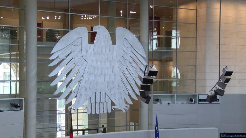 Bundestag: Gesetzentwürfe hinter verschlossener Tür - Linke stellt Anfrage zum Waffengesetz (Video)