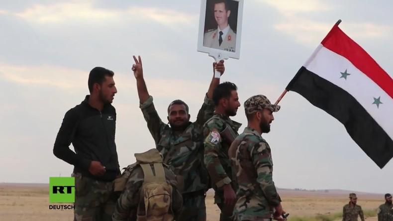 Syrische Armee betritt zum ersten Mal seit sechs Jahren wichtigen at-Tabqa-Militärflughafen