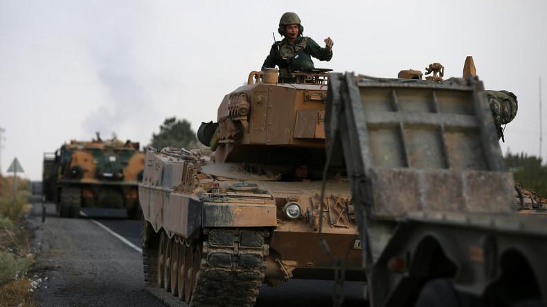 Feuerpause statt US-Sanktionen: Türkei setzt Syrien-Offensive nach Abkommen mit den USA aus (Video)