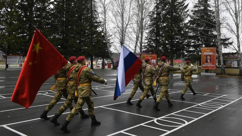 Russland und China beenden gemeinsame Anti-Terror-Übungen in Westsibirien