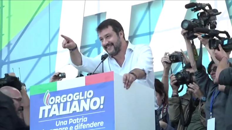 """""""Wir schicken sie nach Hause"""" – Matteo Salvini schwört sich auf ein Comeback ein"""